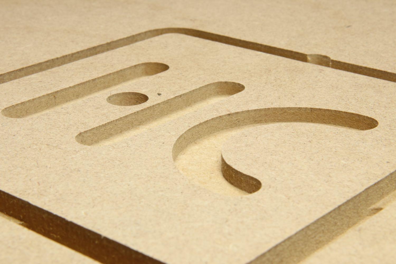 sauberes Schnittergebnis eine MDF-Platte
